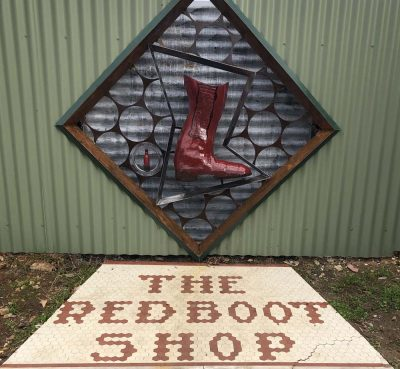 Portal 2: Red Boot Shop